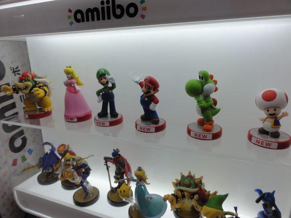 Figurines de jeu vidéo