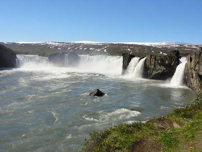 Cascade de Godafoss en Islande