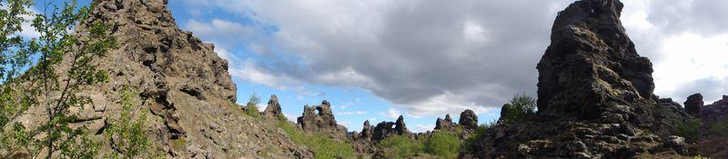 Chateaux noirs de lave de Dimmuborgir en Islande